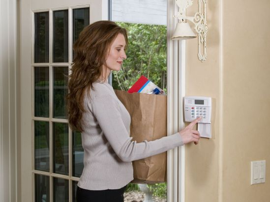 Top 5 Reasons to Ditch your Alarm Company